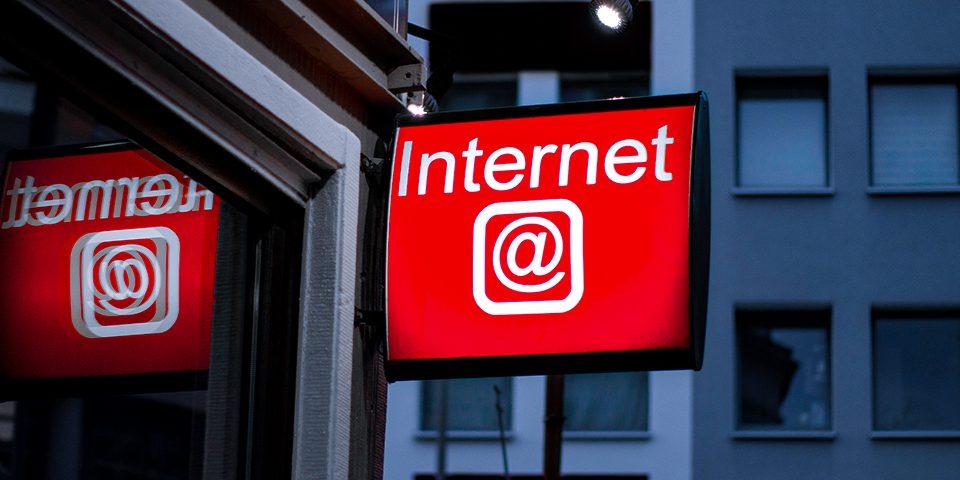 Conheça 4 dicas para melhorar o posicionamento da sua empresa na Internet!