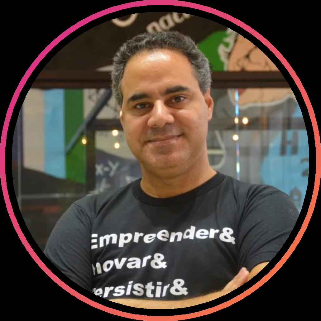 J.Valderio Santos - Estratégia Digital